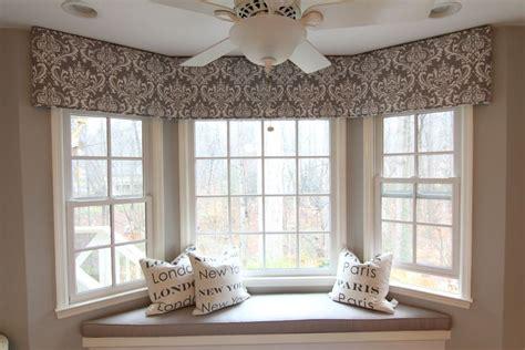 Foam Board Cornice Window Treatments by Best 25 Cornice Boards Ideas On Window