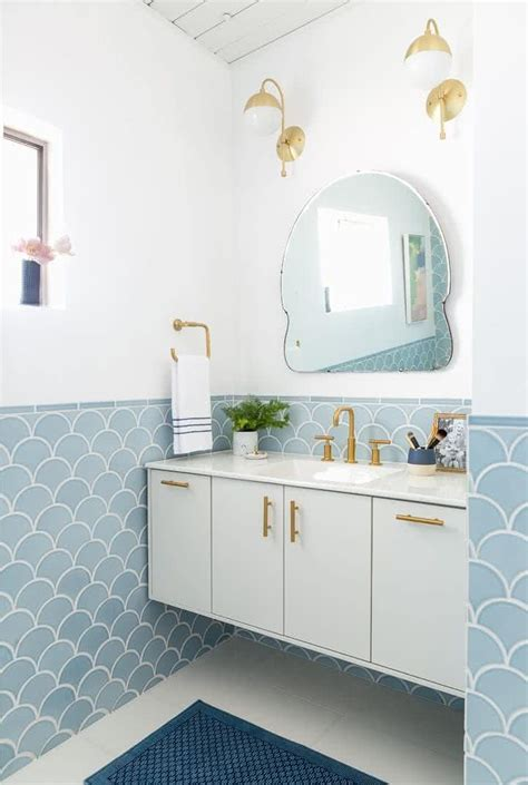 Modern Small Bathroom Trends 2018   Create the Optical