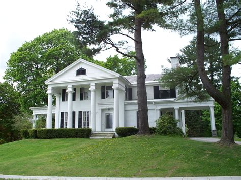 colonial homes southern colonial home craftsman style homes southern