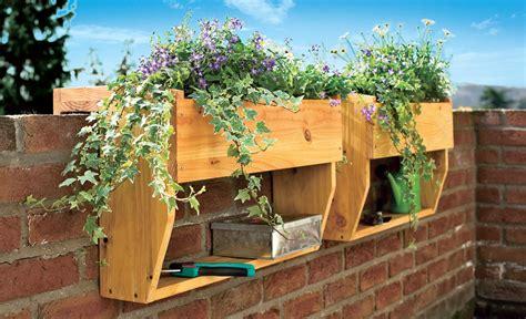Blumenkästen Balkon Befestigen by Blumenkasten Mit Wasserspeicher Selbst De
