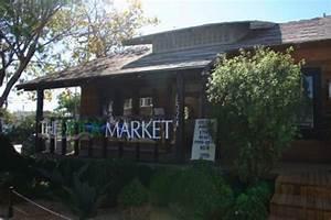 The Detox Market Temporarily Invades Abbot Kinney