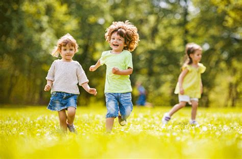 active play preschool middlesex health unit 390 | children running