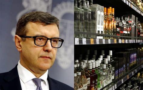 Latvija vērtē iespējas samazināt akcīzes nodokli alkoholam ...