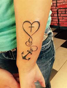 Tattoo Hoffnung Symbol : die besten 25 glaube hoffnung liebe tattoo ideen auf pinterest liebe glaube hoffnung tattoo ~ Frokenaadalensverden.com Haus und Dekorationen