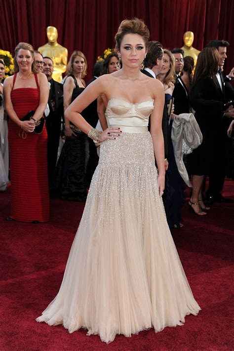 miley cyrus champagne beaded red carpet   prom dress