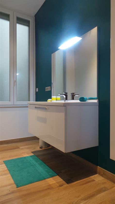 faience cuisine grise une salle de bain enfant