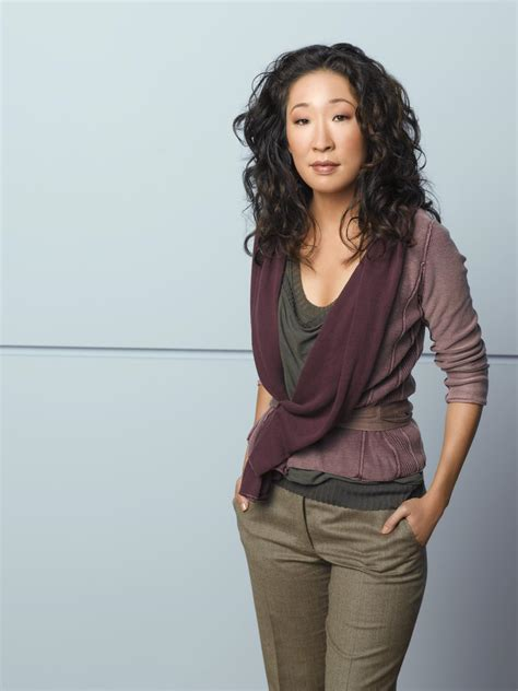 sandra oh on grey s anatomy why is christina yang leaving sandra oh leaves grey 180 s