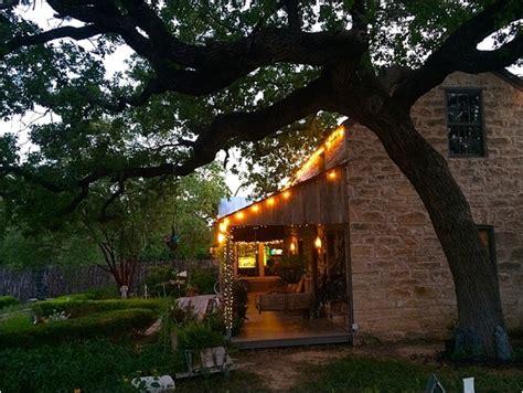 tips  wine tasting  trip  fredericksburg texas