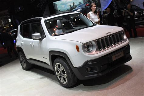 jeep new model 2016 2015 renegade jeep downsizes for world domination