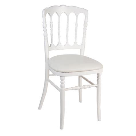 location chaise napoleon chaise napoléon blanche elegante et confortable pour