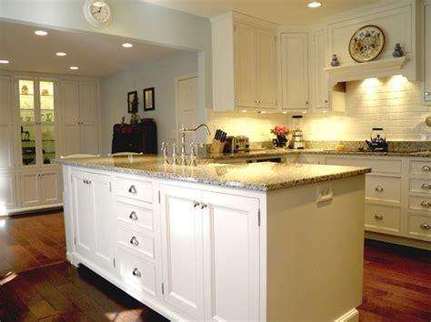 Luna Pearl Granite Kitchen Countertops Design Ideas