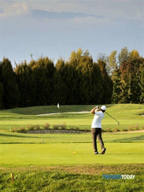 lo swing perfetto swing stories golf e persone di successo allo spazio