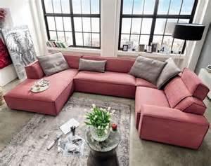 sofa mit verstellbarer sitztiefe 1000 idées sur le thème sofa wohnlandschaft sur polsterecke wohnlandschaft et ottomane