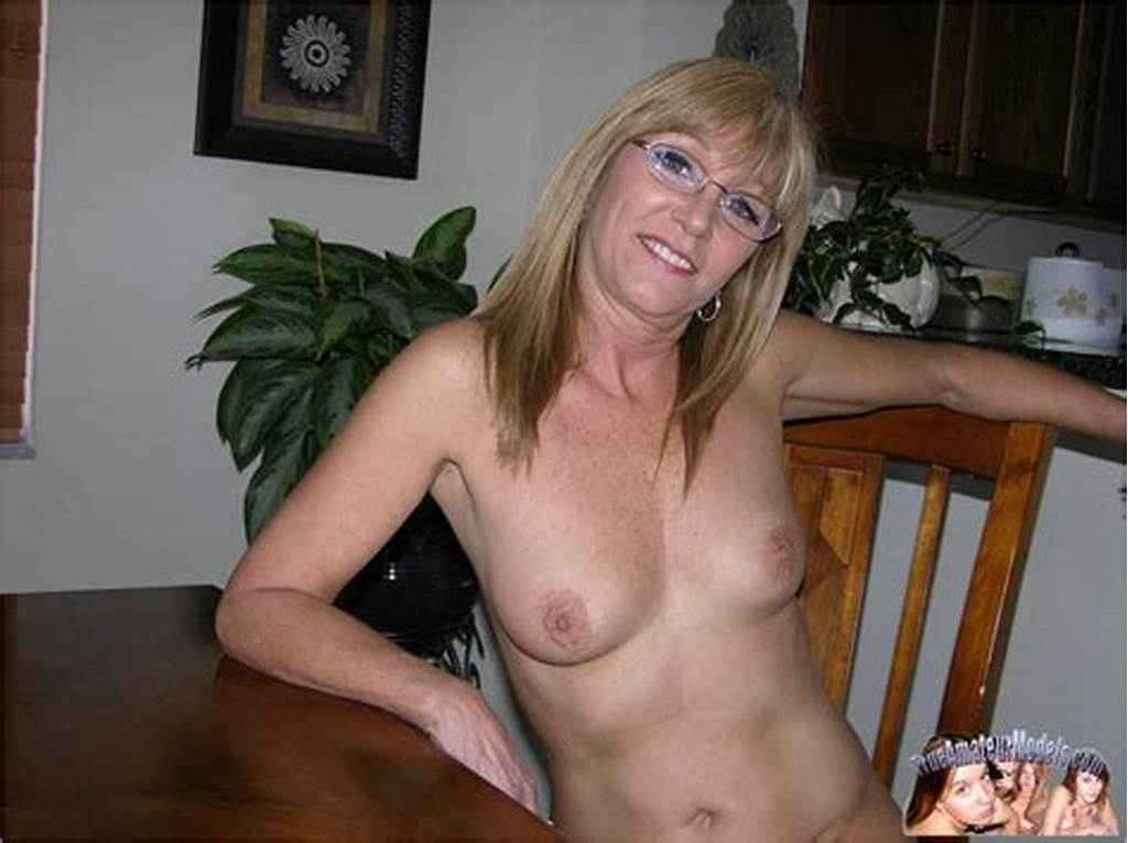 #Nude #Amateur #Milf #Wearing #Glasses #And #Spreading #Nude