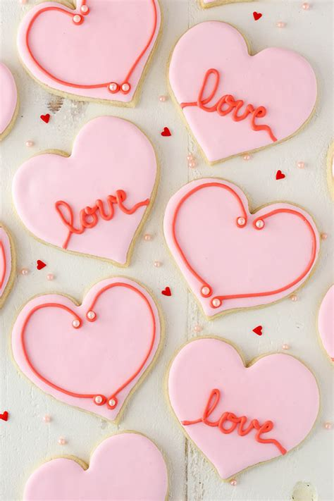 easy heart shaped cutout sugar cookies valentines day
