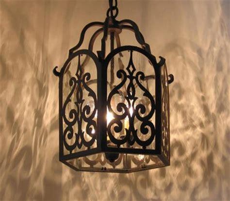 Chandelier: interesting lantern style chandelier Lantern