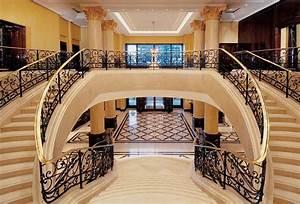 Interior Designer Ausbildung : 16 awesome mansion staircases perfect for your dream home ~ Markanthonyermac.com Haus und Dekorationen