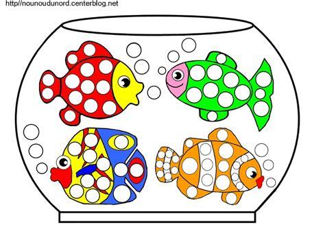 aquarium bocal poisson aquarium 224 poissons coloriage gommettes en couleur