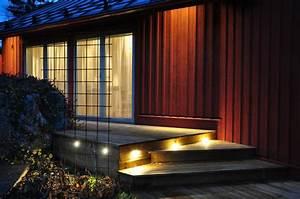 Eclairage Terrasse Bois : spot led ext rieur 45 id es sur l 39 clairage de jardin moderne ~ Melissatoandfro.com Idées de Décoration