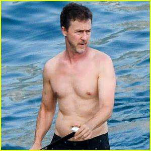 Edward Norton Goes Shirtless for Paddle Boarding in Italy ...