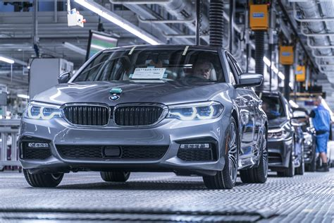 Bmw Germany Price by Can The New 2017 Bmw 5 Series Beat The New Mercedes E