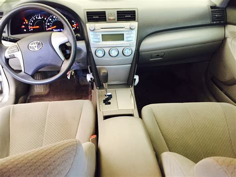 picture   toyota camry le interior