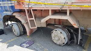 Errant Lorry Driver Refuses to Stop for Police, Plows ...