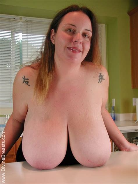 Pinkfineart Angelica Bbw Table Tits From Divine Breasts
