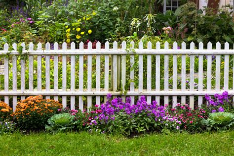 picket fence landscaping beautiful white fence landscaping ideas garden lovers club