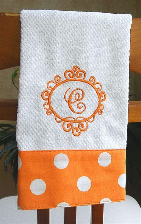 embroidery designs kitchen towels best 25 dish towel crafts ideas on kitchen 7053