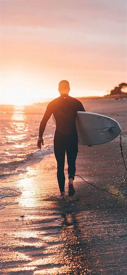 Surfboard Holding Ilikewallpaper