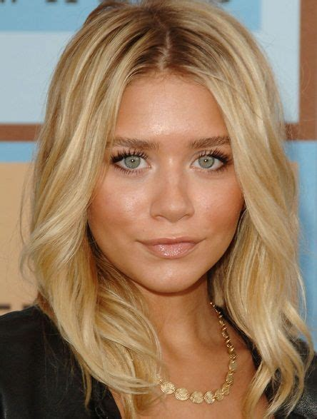 ashley olsen bronzed face pink cheeks  natural