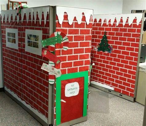 Christmas Cubicle Decorating Ideas by 25 Unique North Pole Santa S Workshop Ideas On Pinterest