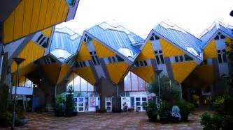 Top 10 Bedrooms In The World by 7 Amazingly Strange And Unusual Looking Houses Lost Waldo