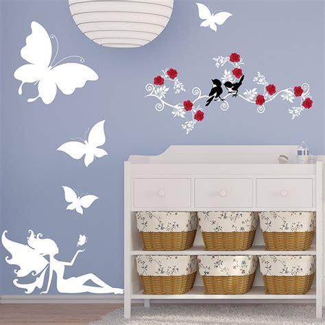 stickers papillon chambre bebe stickers chambre bébé fée et papillons une décoration unique