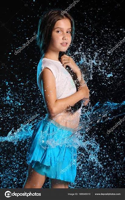 Charmante Kind Jeune Wet Fille Child Portret