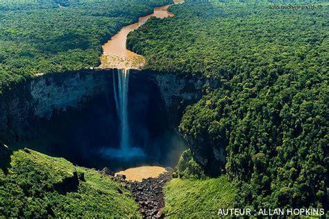 chutes de kaieteur guyana la  belle cascade au monde