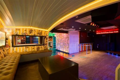 Laminate, vinyl plank bamboo, tiles diy or installed ceilings, pvc cornices decor, carpets. Inside London's Top-5 best-designed bars