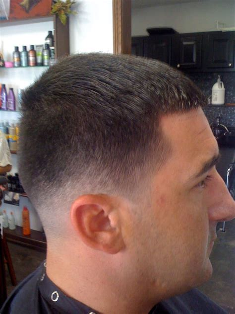 Taper Low Fade Haircut   Hairs Picture Gallery
