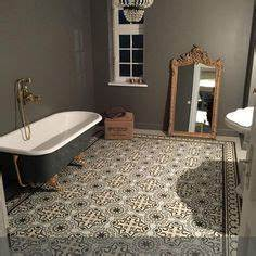 Retro Fliesen Bad : ber ideen zu retro badezimmer auf pinterest rosa badezimmer vintage badezimmer und ~ Sanjose-hotels-ca.com Haus und Dekorationen