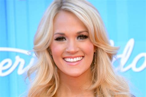 Top 10 Carrie Underwood Hairstyles