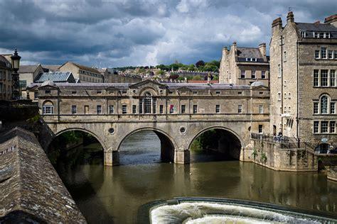 bath bridge pulteney weir wonderful shops restaurants somerset tourism 1769 fun adam