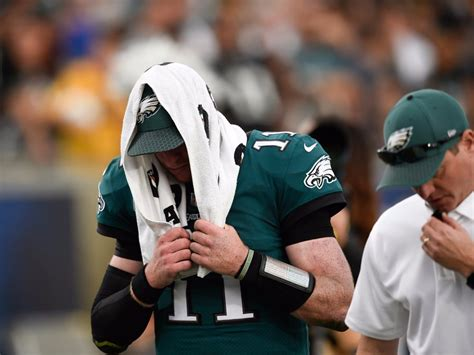 carson wentz left  eagles game   injury