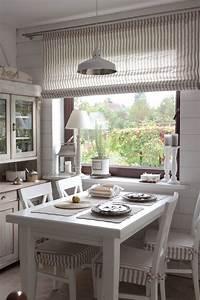 Vorhänge Für Küche : klein aber oho diese gem tliche k che l dt zum zusammensitzen ein vorh nge und sitzpolster ~ Watch28wear.com Haus und Dekorationen