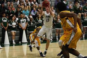 Illinois Wesleyan Titans Mens College Basketball ...