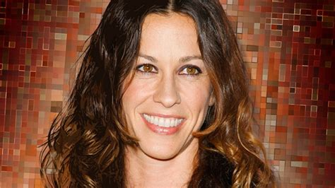 Alanis Morissette Favorite Things, Facts, Biography ...