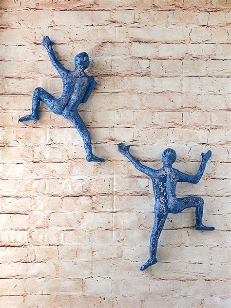 metal wall set of 2 climbing figures wall decor wall hanging metal