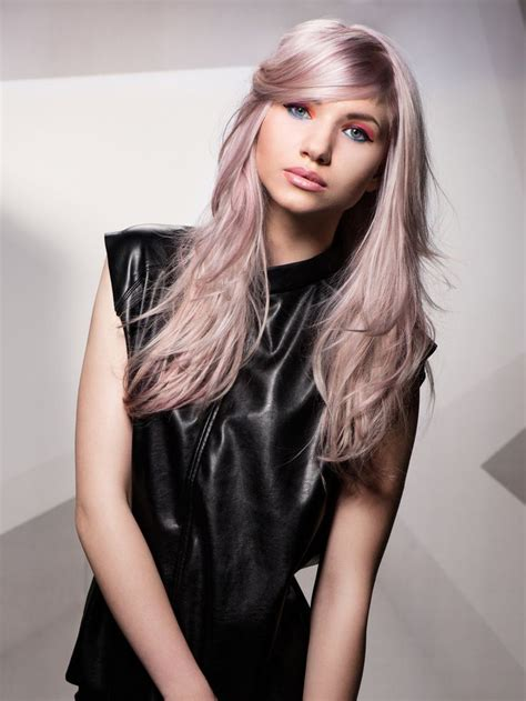 haare mit rosa die besten 25 pinke haare ideen auf rosa haarfarben rosa haarfarbe und pastel rosa