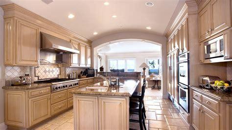 Big luxury kitchen interior design  HD wallpaper download