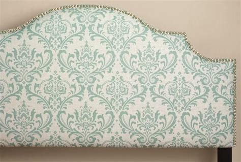 I Need To Recover Or Redo My Headboard....i Like This Look